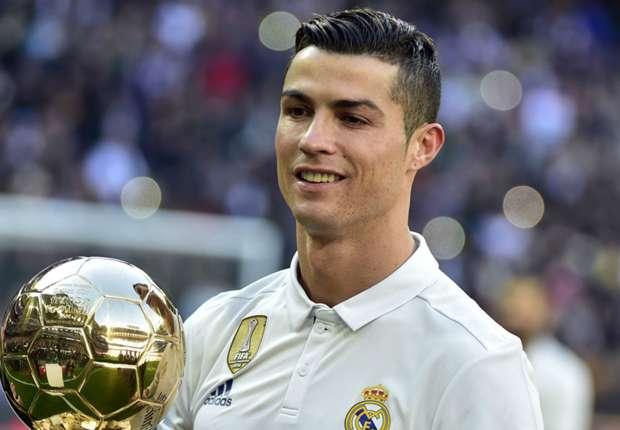 رونالدو: أطمح إلى الفوز بالكرة الذهبية السادسة
