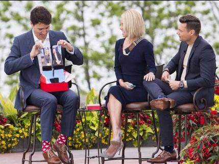 بالصور.. تقاشْر رئيس وزراء كندا تثير انتباه العالم!