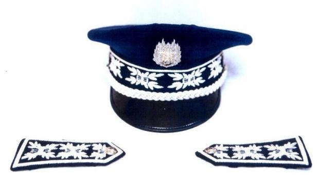 بعد شرطة المرور.. ضباط البوليس يرتدون القبعات الجديدة