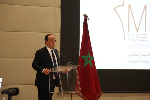 هولاند: المغرب أفضل ملف لتنظيم مونديال 2026… وفرنسا إلى جانبكم