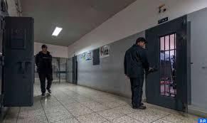 إدعاءات بالتهديد بالاغتصاب وتقديم أدوية مسمومة.. إدارة السجون تصف تصريحات شقيقة أحد معتقلي الريف بالسخيفة