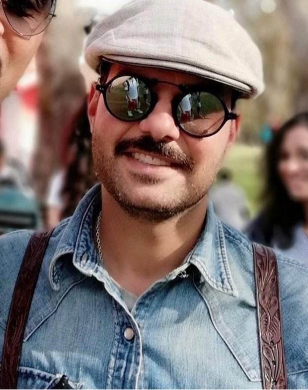 نظارة وقبعة.. الأمير مولاي اسماعيل بلوك جديد