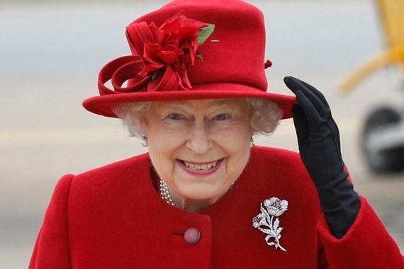 """قالوا إنها ضمن سلالة النبي محمد.. """"ديلي ميل"""" تنشر شجرة نسب الملكة إليزابيث"""