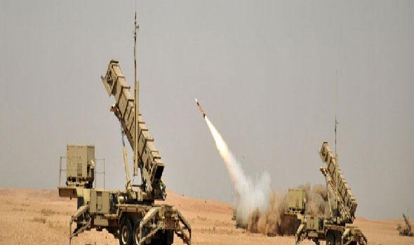 السعودية.. قوات الدفاع الجوي تعترض تهديدا جديدا في سماء الرياض
