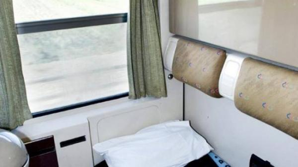 بين وجدة والرباط وكازا.. غرف فندقية في القطارات