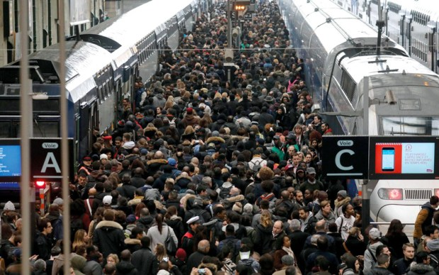 20 مليون يورو يوميا.. رئيس شركة القطارات في فرنسا كيشكي من كلفة الإضراب