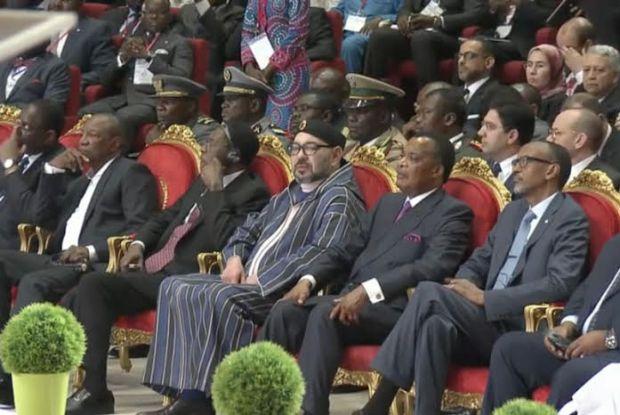 في ختام القمة.. الملك يوقع البروتوكول المؤسس للجنة المناخ لحوض الكونغو