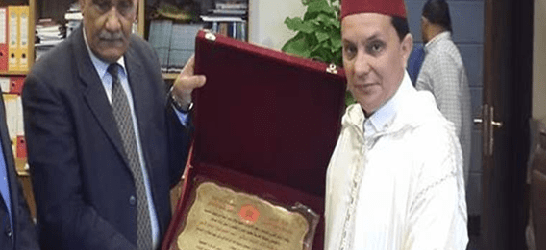كلها وهمو.. رئيس جمعية فالعرائش داير الدبلوماسية الموازية مع السّيسي!