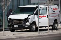 toronto-van-crash