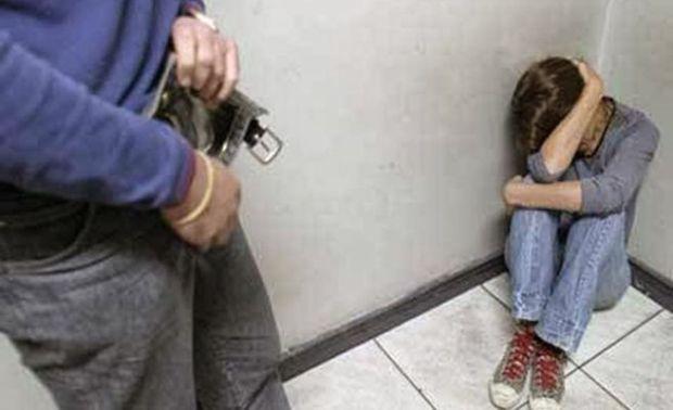 """بعد اغتصاب سبع قاصرات ضواحي مراكش.. منظمة """"ما تقيش ولدي"""" تحذر من وجود ضحايا آخرين"""