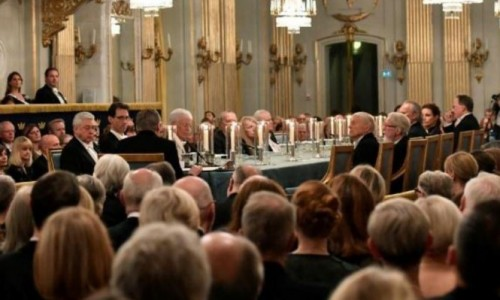 بسبب فضيحة التحرش وإلغاء نوبل للآداب.. استقالات في الأكاديمية السويدية