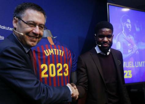 لمدة 5 مواسم.. برشلونة يجدد عقد أومتيتي