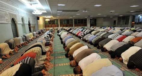 إيطاليا.. السماح لمغربي تحت الإقامة الجبرية بالخروج لأداء التراويح في المسجد