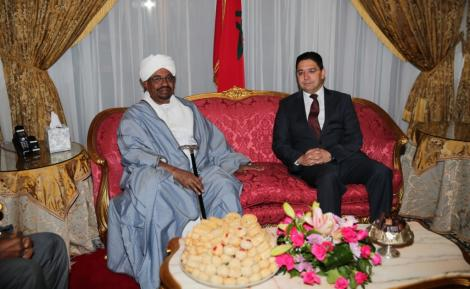سلمها بوريطة.. رسالة من الملك إلى الرئيس السوداني عمر البشير