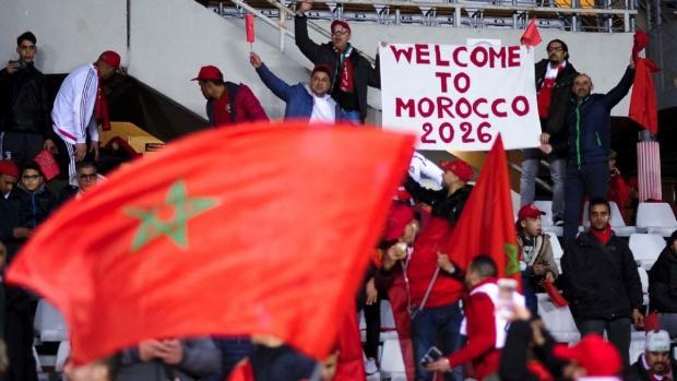 بعد قبول ملف موروكو 2026.. تونسيون وجزائريون يصفقون للمغرب