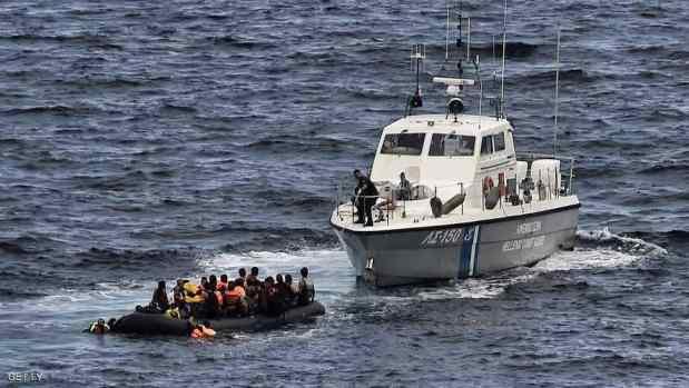 بعد استغاثات هاتفية.. إسبانيا تنقذ 418 مهاجرا كانوا على متن 16 زورقا