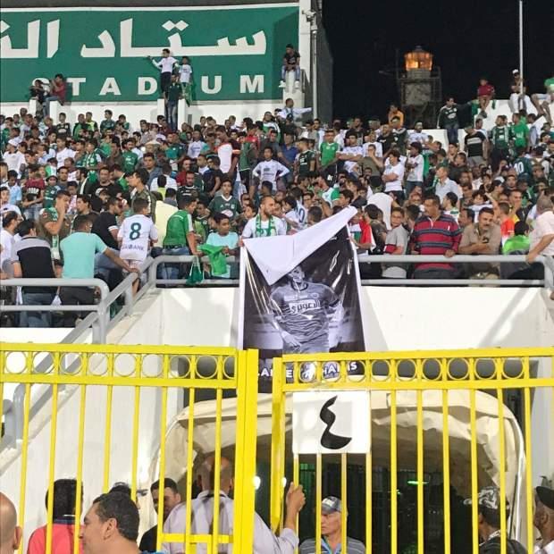 الإنسانية أولا… مصريون يرفعون اسم وصورة الراحل لحسن أخميس (صور)