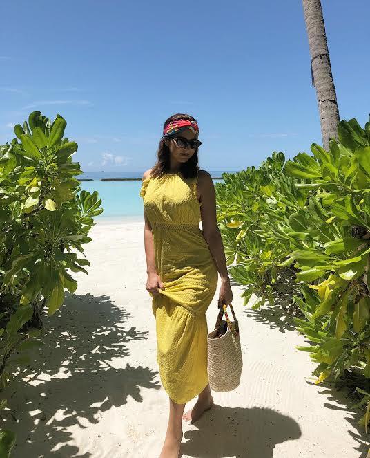 في فندق من خمس نجوم.. مريم سعيد مصيّفة في جزر المالديف