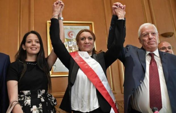 """لأول مرة في تاريخ تونس.. امرأة """"شيخة"""" للعاصمة"""