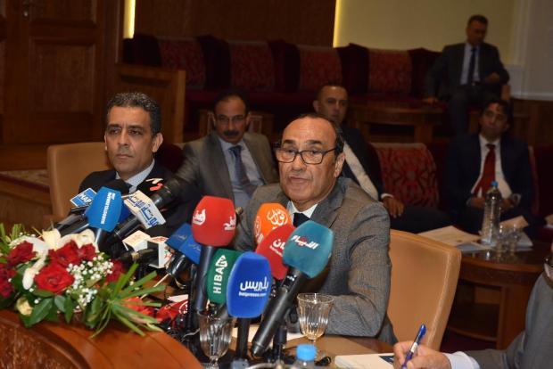 المالكي يدافع عن البرلمانيين: البرلماني كيخدم بوحدو بحال اليتيم!