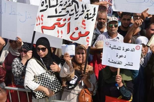 """المساواة في الإرث/ إلغاء الإعدام/ عدم تجريم المثلية/ إلغاء الصداق والعدة.. مشروع """"انقلاب"""" في تونس!"""