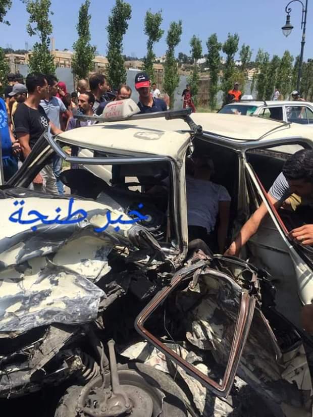 طنجة.. قتيلان و7 مصابين في حادثة سير (صور)