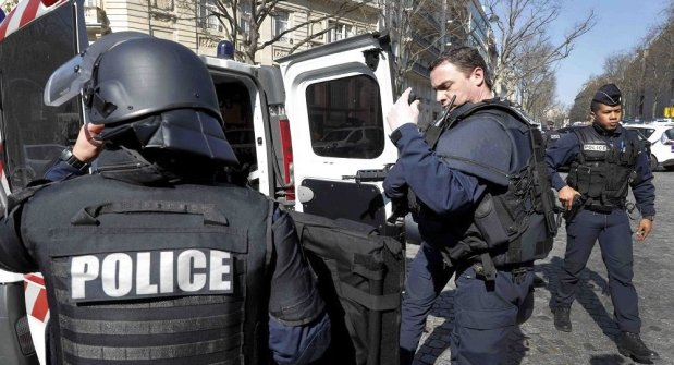 ثلاث سرقات في 24 ساعة.. قاصر مغربي مروّنها في فرنسا