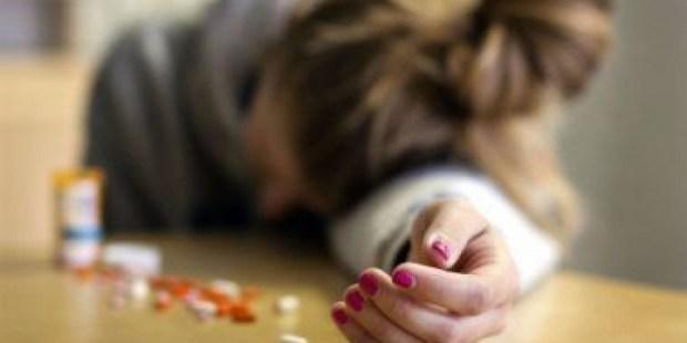 دراسة: نشر تفاصيل الانتحار في الإعلام ربما يدفع آخرين إلى قتل أنفسهم