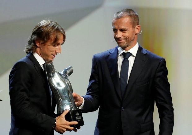 في الدوري الأوروبي.. غريزمان يتوج بجائزة أفضل لاعب