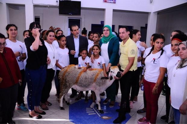 بالصور من مراكش.. قادر الجابوني في مركز الطفولة