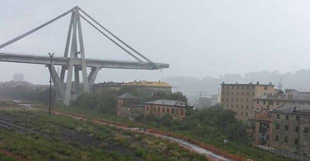 بالفيديو والصور.. عشرات الضحايا في انهيار جسر في إيطاليا