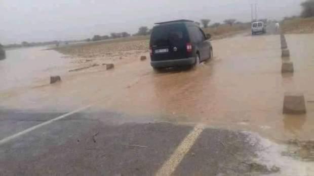بالصور من زاكورة.. الرعدة في عز الصيف