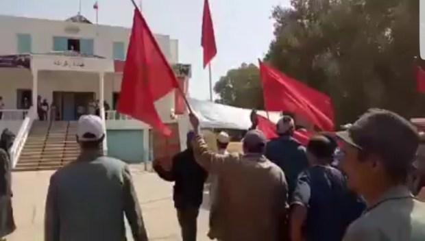 بالفيديو من أولاد جرار/ الصويرة.. احتجاجات بسبب الماء والمستوصف
