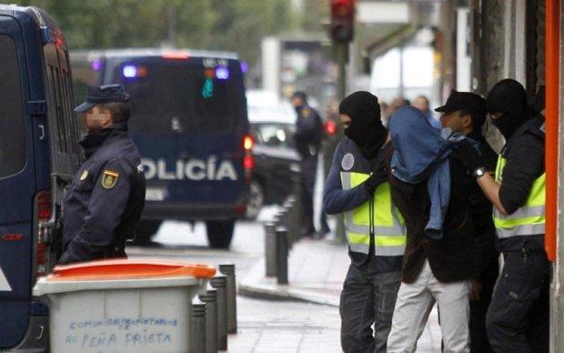 تلقين وتجنيد واستقطاب.. اعتقال داعشي مغربي في إسبانيا