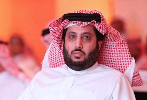 مكحّلها مع المغاربة.. تركي آل شيخ لن يحضر مباراة السوبر في طنجة؟