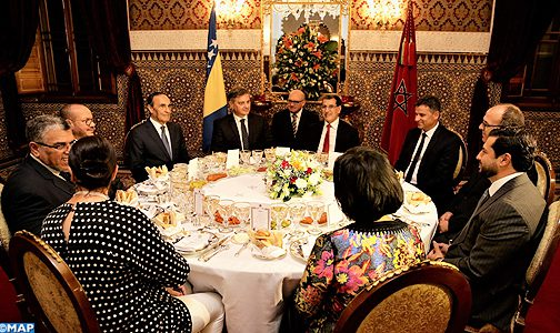 ترأسها العثماني وحضرها الهمة والزناكي.. الملك يقيم مأدبة عشاء على شرف رئيس مجلس الوزراء في البوسنة والهرسك