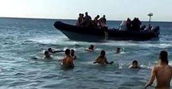 حقيقة فيديو الحراكة.. إسبان يُهجرون مغاربة من شاطئ ضواحي طنجة