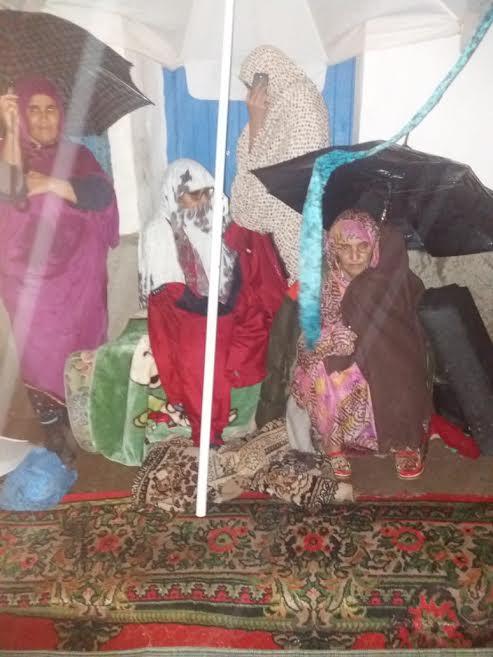 سيدي إفني.. حكم قضائي يدفع أسرة إلى العراء تحت رحمة البرد والمطر (صور وفيديو)