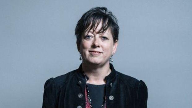 الناس مشاو بعيد.. وزيرة لمكافحة الانتحار والأمراض النفسية في بريطانيا