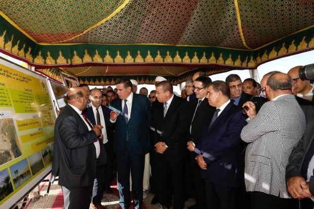 بالصور من الراشيدية.. أخنوش يطلع على مشاريع للتهيئة السقوية