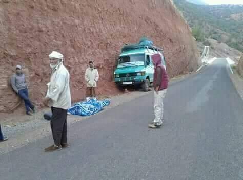 ضواحي دمنات.. وفاة سائق على مقود حافلة للنقل المزدوج