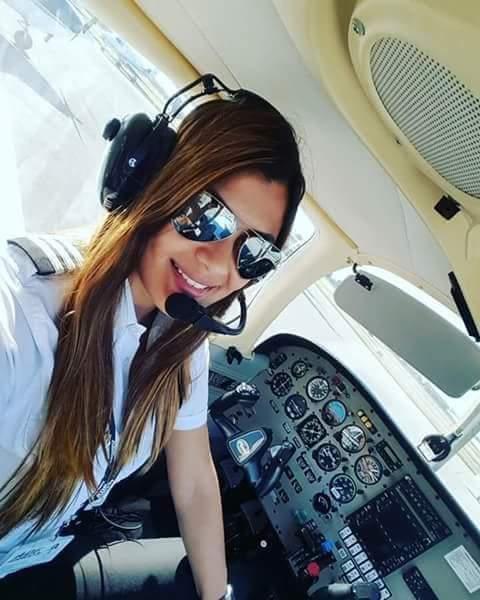 عندها 23 عام وأصلها من إمزورن.. مغربية أفضل طيار في هولندا!