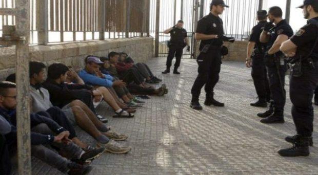 إسبانيا.. المغرب يوافق على استعادة الحراكة القاصرين