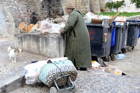جمعية حقوقية: الحكومة تشجع الفقر وتفرخ البؤس!