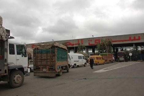 بعد اتفاق مع وزارة النقل.. أرباب الشاحنات يوقفون إضرابهم
