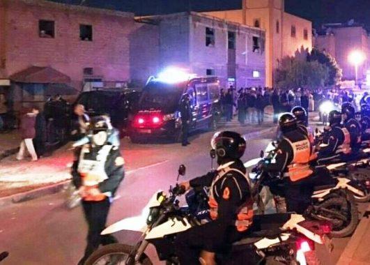 بالفيديو من مراكش.. مقتل شخص وإصابة 7 عناصر أمن بعد هجوم على البوليس