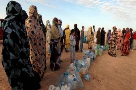 بيع المياه وتأخر وصول الصهاريج.. أزمة العطش تعود إلى مخيمات تندوف
