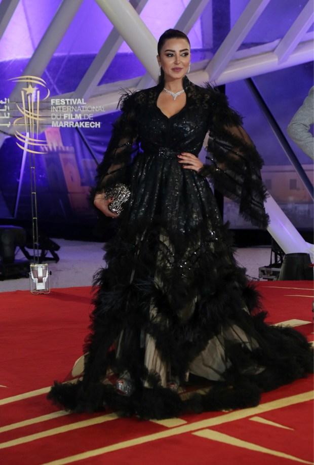 بالصور والفيديو من مراكش.. إطلالة فاتي جمالي في افتتاح مهرجان الفيلم