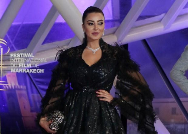 فاتي جمالي عن لقب سفيرة القفطان المغربي: كلنا سفيرات كلشي (فيديو)