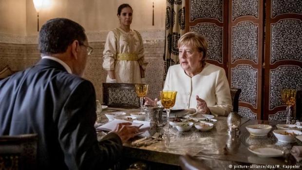 بالصور من مراكش.. تفاصيل مباحثات العثماني وميركل على العشاء